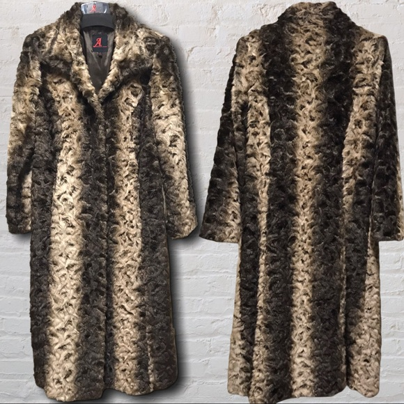 Gorgeous Faux Fur Long Coat - M